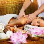 Тайский массаж, массаж горячими мешочками
