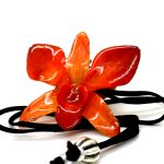 Кулон красная орхидея