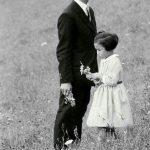 Король Таиланда Пхумипон Адульядет с дочерью