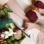 Лимфодренажный массаж ног в домашних условиях с тайскими травяными мешочками